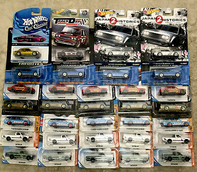Hot Wheels '71 Datsun Bluebird 510 Wagon And 620 Pick Up Trucks Mix Lot Of 33