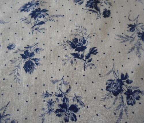 Vintage Daisy Floral Dot Cotton Fabric ~  Smaller Scale ~ Navy Blue White
