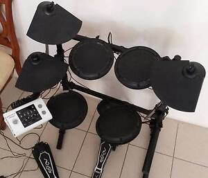 Second hand Electronic Drum kit Legacy DD502 East Victoria Park Victoria Park Area Preview