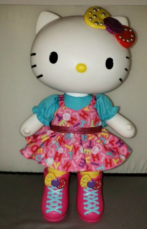 "2013 Hello Kitty Blip Toys & Sanrio 13"" POP DOLL"