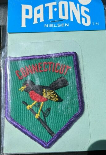 Vintage Pat- Ons Connecticut State Bird Robin Patch NWT Free Ship