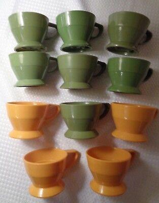 ders vintage olive green & gold plastic 2 1/8
