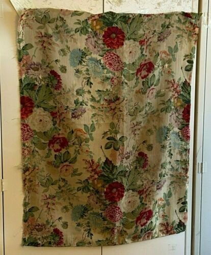 Beautiful 19th Century French Napoleon 3rd wool challis floral fabric (3198)