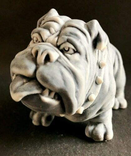 English Bulldog miniature figurine Dog marble chips Souvenirs from Russia