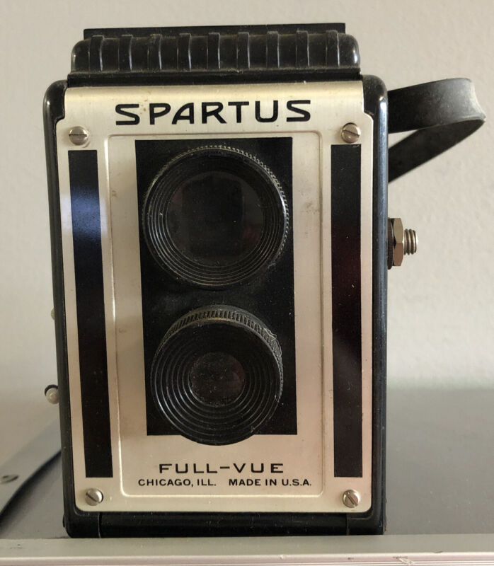 Vintage Spartus Full-Vue Box Camera 120 Film Top View Chicago FREE SHIPPING