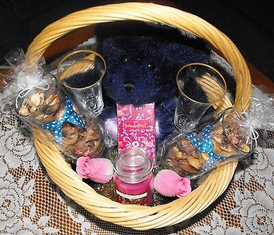 (Lenox Gift Basket with Blue Bow)