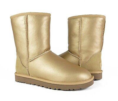 Metallic Classic Short (UGG Classic Short Metallic Gold Leather Fur Boots Womens Size 7 *NIB*)