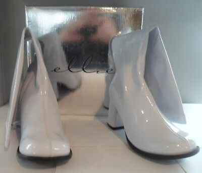 Ellie Gogo Boots with Zipper - white, size 6 and 3