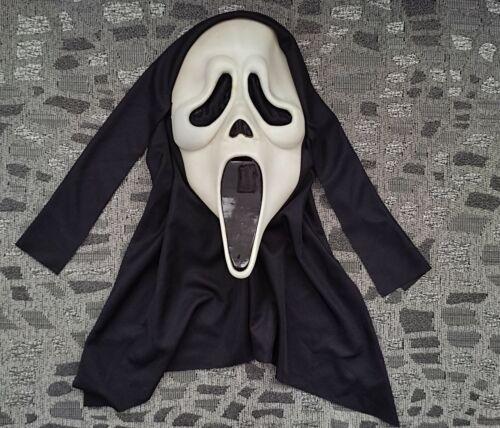 Scream Ghostface Mask Fearsome Faces HN Stamp Glows Fun World Rare