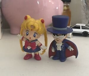 Set of 10 collectible Sailor Moon figures 90's
