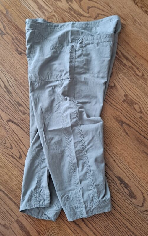 Mountain Hardwear Hiking Outdoor Camping Travel Cropped Pants Womens Size 8 Gray