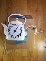 Vintage Spartus White Tea Kettle Pot Mid-Century Wall Clock  USA Rare