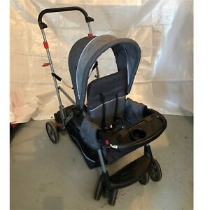 Poussette/Stroller Sit and Stand