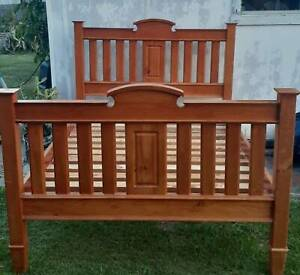 beautiful queen bed frame