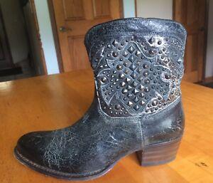 Frye Women's Deborah Deco Short Boot Studded 8.5 Charcoal