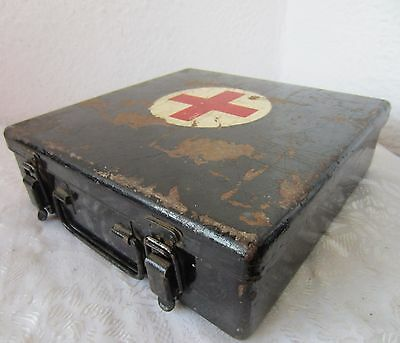 Antique Vintage  RED CROSS First Aid Tin Metal Storage ... Box with handle, old
