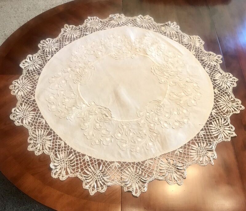 Antique Ivory 1800's Linen Round Figural Lace Table Center--Lovely