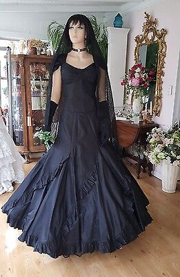 Vintage Steampunk Halloween Wedding , Black Silk Taffeta Bride two pieces  sz 12