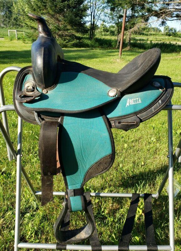 """14"""" Round Skirt Abetta Saddle Full Quarter Bars 7"""" Gullet"""
