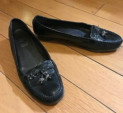 Stuart Weitzman Flat Black Patent Leather Shoes Size 7M