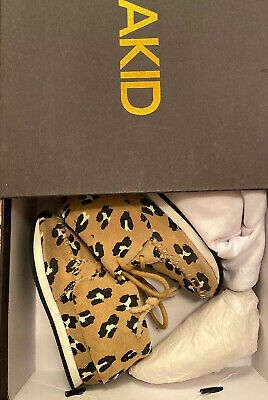 Akid Stone Leopard Leather Shoes Size 5C Unisex