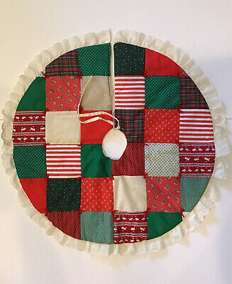 """Vintage Tree Skirt handmade patchwork Quilted Christmas 25"""" Small Eyelet Lace"""