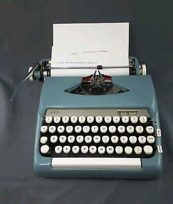 1963 5AX Smith Corona Sterling Typewriter Portable With Case Blue  ~ Works great
