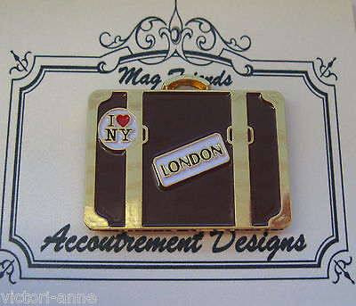 Accoutrement Designs Suitcase New York London Needle Minder Magnet