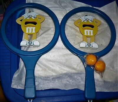 M&M's Candy Pair of 2 GAME PADDLES RACKETS & Balls TOYS](M&m Couple)