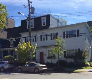 2 Bedroom Condo located on popular South Park street in Halifax!