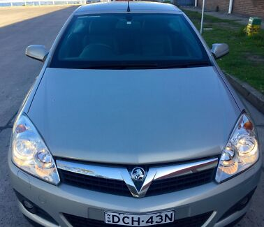 Holden Astra TwinTop Convertible 2007