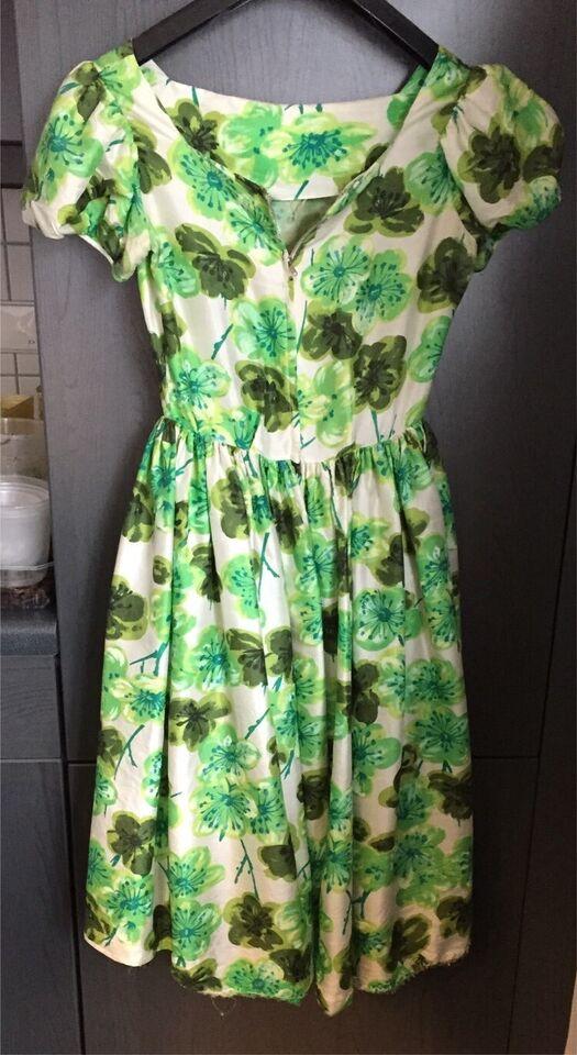 Seidenkleid,Vintage, 50er, Burdaschnitt ® , selbstgenäht in Merzalben