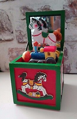 (Christmas Toy Chest Animated Music Box Rocking Horse plays Jingle bell )