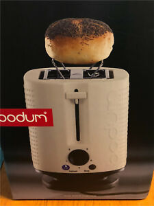 Brand New Deluxe Toaster