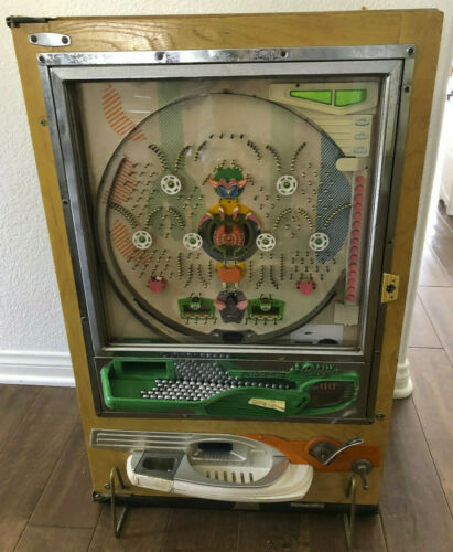 Nishijin Shiroi Kamome  Pachinko Machine with balls Japan 70s
