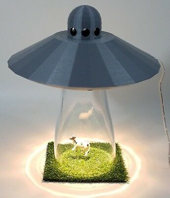 UFO LAMP Alien Cow Abduction Outer Space Silver Saucer Light Farm Country Scene tweedehands  verschepen naar Netherlands