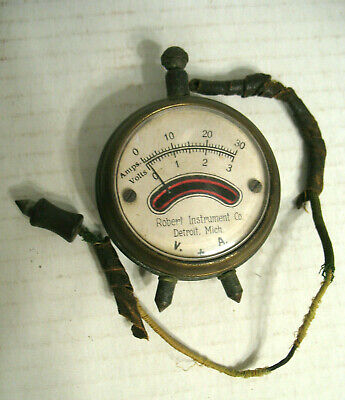 Vintage Robert Instrument Co. Voltamp Meter