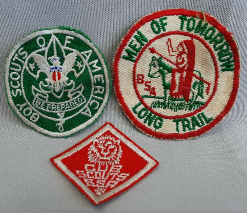SET OF 3 VINTAGE BOY SCOUTS OF AMERICA SCOUTMASTER PATCHES LONG TRAIL CUB SCOUTS