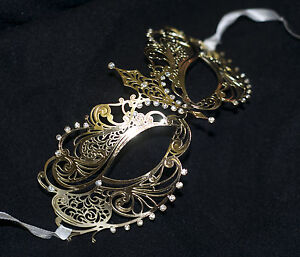 Stunning-Gold-Venetian-Style-Metal-Filigree-Masquerade-Mask-Diamante-Laser-Cut