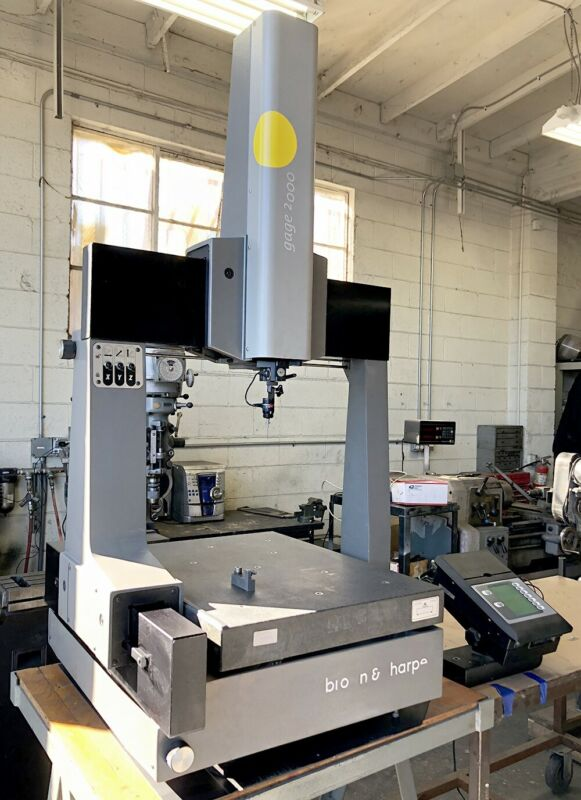 BROWN & SHARPE GAGE 2000 COORDINATE MEASURING MACHINE CMM W/ TP-ES PROBE & DRO