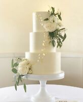 Affordable and delicious wedding cakes