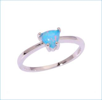 RAINBOW FIRE CREATED OPAL SOLITAIRE STERLING SILVER 925 RING.
