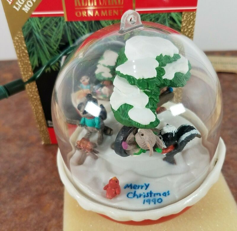 "1990 Hallmark  ""Forest Frolics"" Ornament Magic: Light And Motion CHRISTMAS"