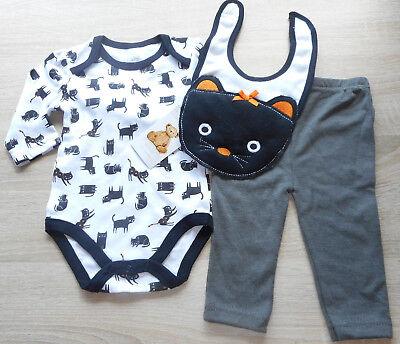HALLOWEEN 🎃 Baby Anzug 🎃 Strampler-Set 3tlg + Lätzchen🎃 SCHWARZE KATZE 🎃 NEU
