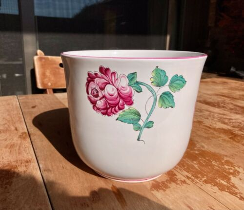 Tiffany & Co  Strasbourg Flowers Cachepot/indoor planter, Hand Painted