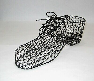 Metal Shoe Form Wire Stand Display Store Table Decor Country Farm Decor Vintage