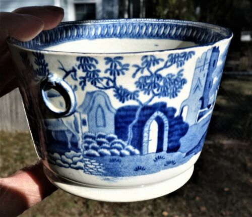 Staffordshire Blue and White Sugar or Butter Bowl,  Ca. 1820s, Old Rim Repair