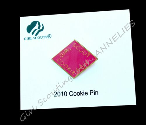 2010 Cookie Pin HOT PINK, Girl Scouts NEW on Card, HTF COLLECTOR GIFT