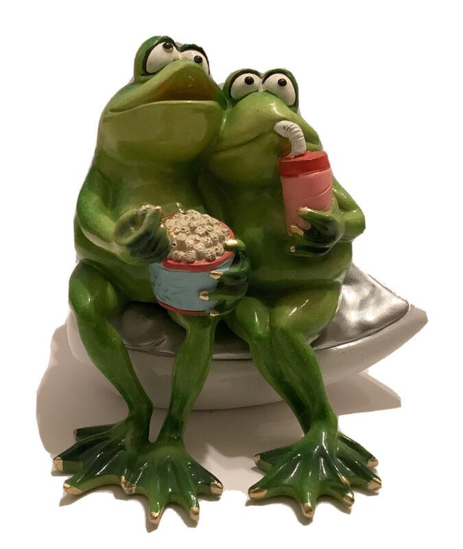 Happy Frogs - Happy Frog Couple So Hoppy Together Fun Decor-Popcorn-Movie