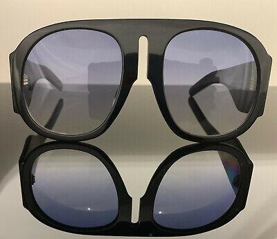 GUCCI GG0152S BLACK Men's / Women's Frame Gradient Lens Oversized Sunglasses (Gucci Ladies Sunglasses)